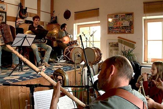 Bavaria Vista Club – Vol.1 - Musikergeschichten aus Oberbayern Szene 1