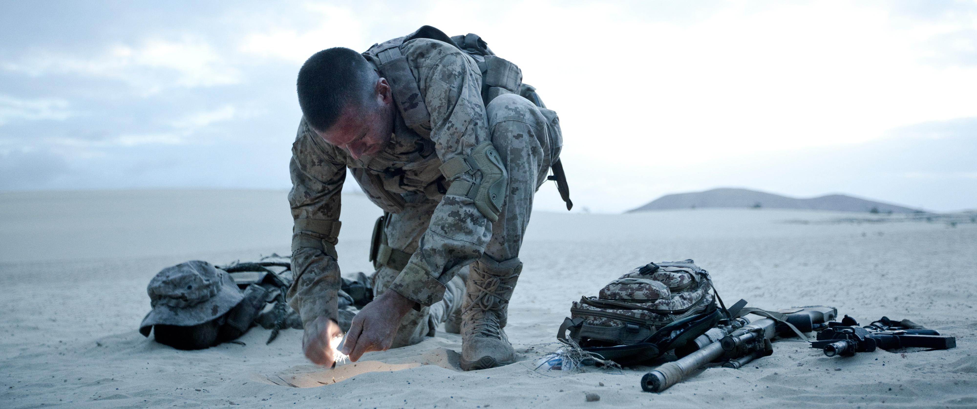 überleben Ein Soldat Kämpft Niemals Allein Film