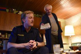 Der Polizist und das Mädchen
