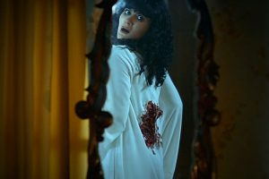 Suzzanna Buried Alive Bernapas Dalam Kubur Netflix
