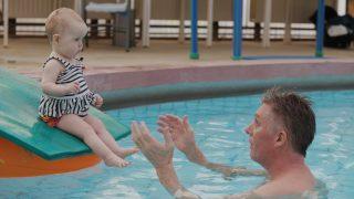 Snorri und der Baby Schwimmclub