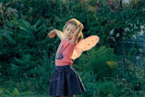 Ein Mädchen Petite Fille